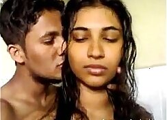 Bootyful Indian babe gives her guy a nice blowjob