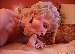 Cumshot loving cougar wanking old large cock