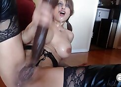 Bianca Soles Farting Extreme Licking And Squirting On Webcam