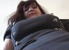 Busty mature babe sucks and jer